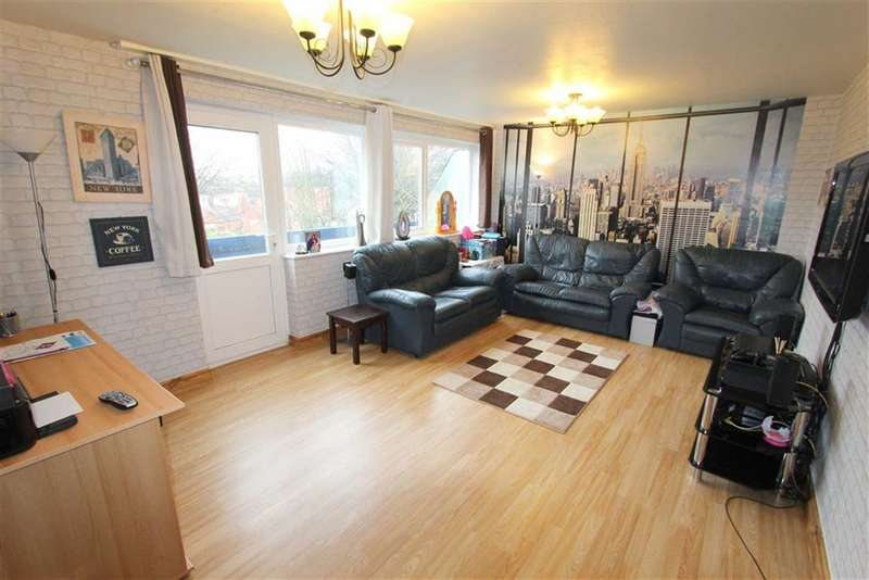 3 Bedrooms Property for sale in Eldon Court, Lytham St Annes, Lancashire