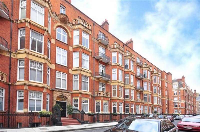 3 Bedrooms Flat for sale in Montagu Mansions, London