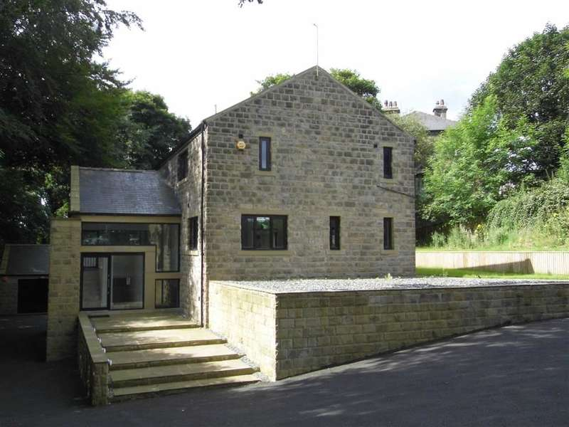 4 Bedrooms Property for sale in Meltham Road, Netherton, Huddersfield