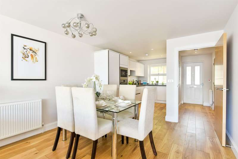 3 Bedrooms House for sale in Albert Road North, Reigate, RH2