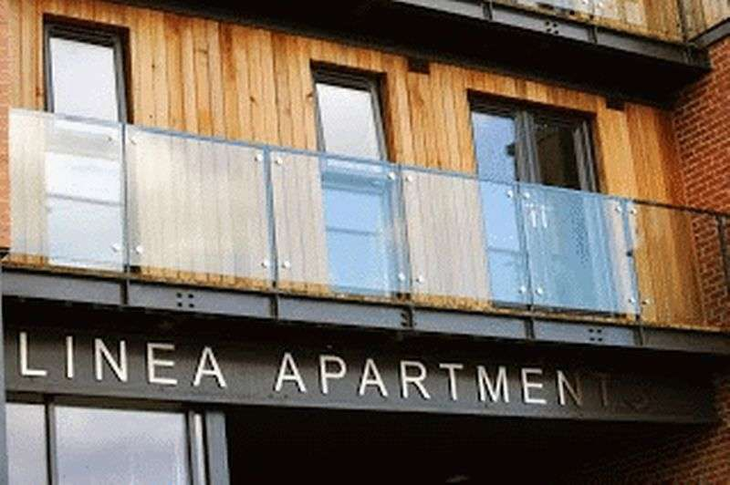 2 Bedrooms Flat for sale in Dunstall Street, Scunthorpe, DN15 6JQ