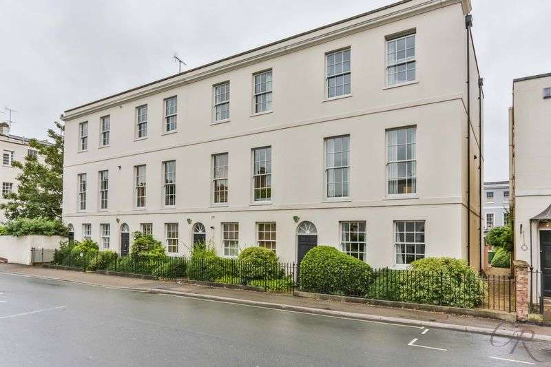 2 Bedrooms Flat for sale in Berkeley Street, Cheltenham