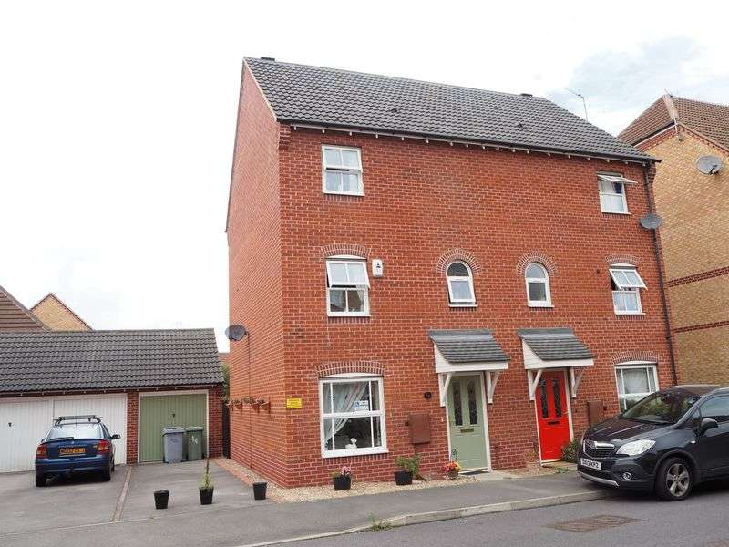 4 Bedrooms Semi Detached House for sale in John Gold Avenue, Newark