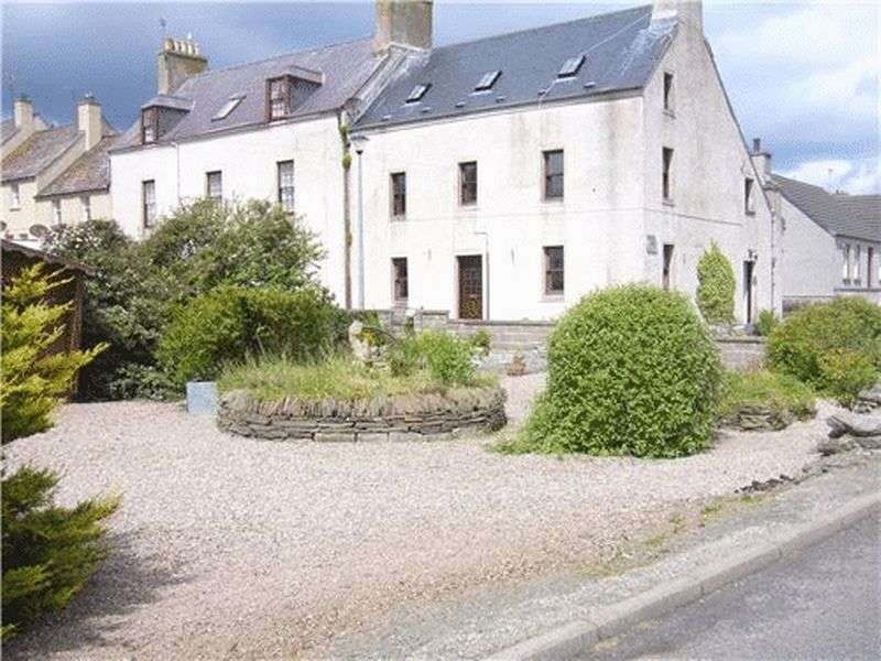 5 Bedrooms Property for sale in Millers Lane, Thurso, Large 5 Bedroom House overlooking Thurso River