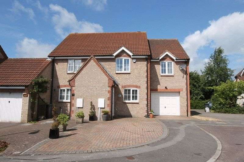 4 Bedrooms Semi Detached House for sale in Rush Close, Bradley Stoke