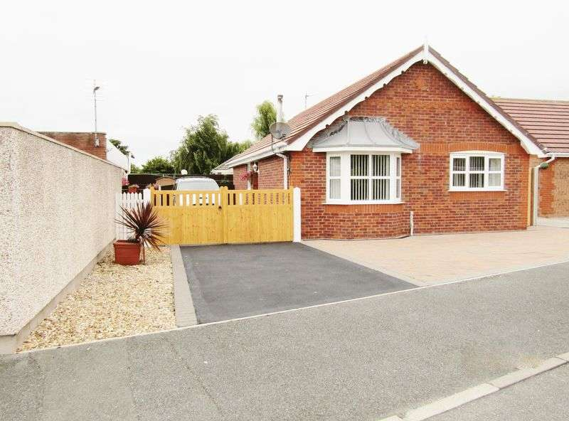 3 Bedrooms Detached Bungalow for sale in Parc Morfa, Kinmel Bay