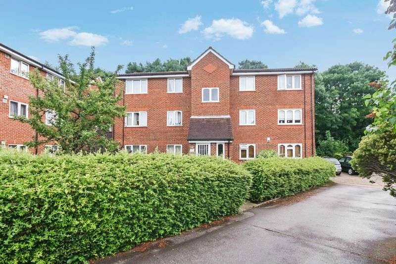 1 Bedroom Flat for sale in Dehavilland Close UB5 6RZ