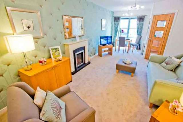 1 Bedroom Retirement Property for sale in High Street, Linlithgow, West Lothian, EH49 7EN