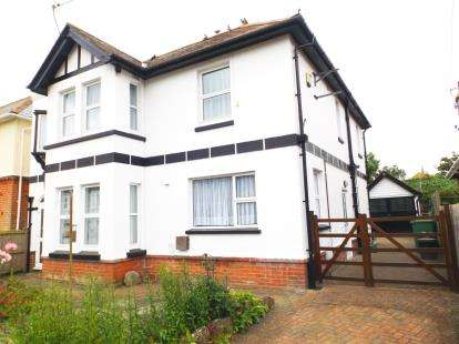 5 Bedrooms Detached House for sale in Sandown, Isle Of Wight