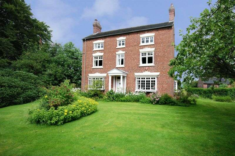 6 Bedrooms Detached House for sale in Bank House Farm, Caverswall, Staffordshire