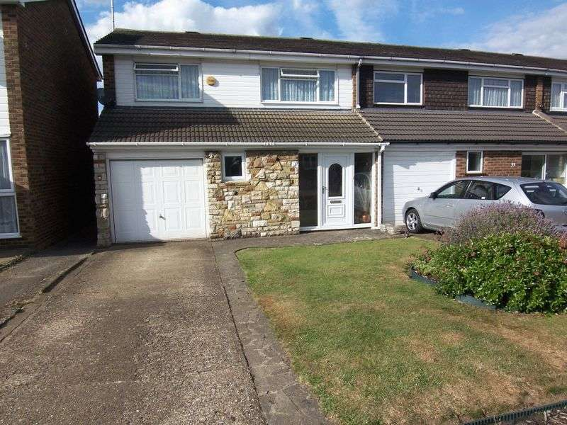 4 Bedrooms Semi Detached House for sale in Wharf Road, Wormley, Broxbourne