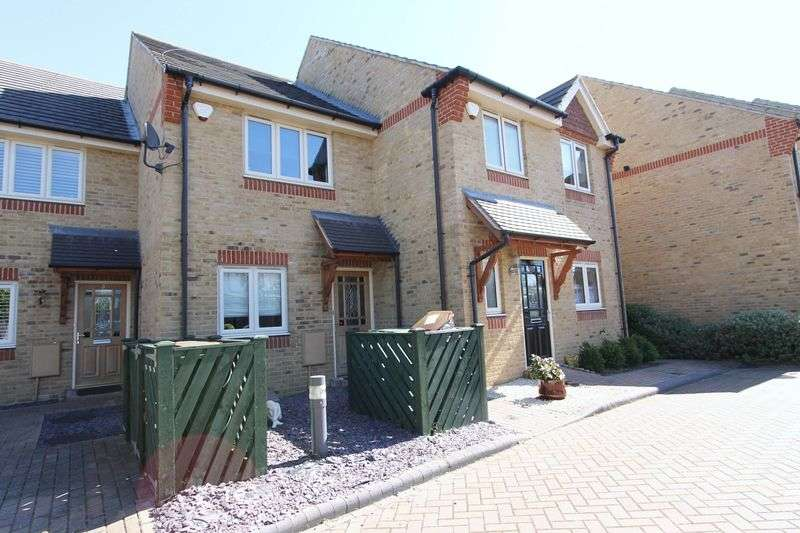 2 Bedrooms Terraced House for sale in Pearing Close, Worcester Park