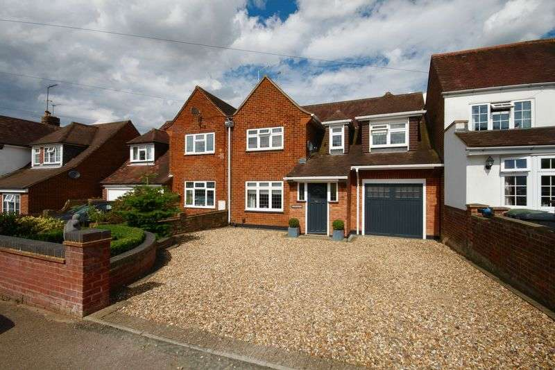 3 Bedrooms Semi Detached House for sale in Ranelagh Road, Hemel Hempstead