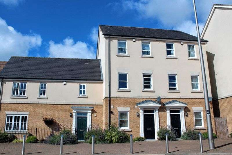 3 Bedrooms Terraced House for sale in Rowditch Furlong, Redhouse Park, Milton Keynes