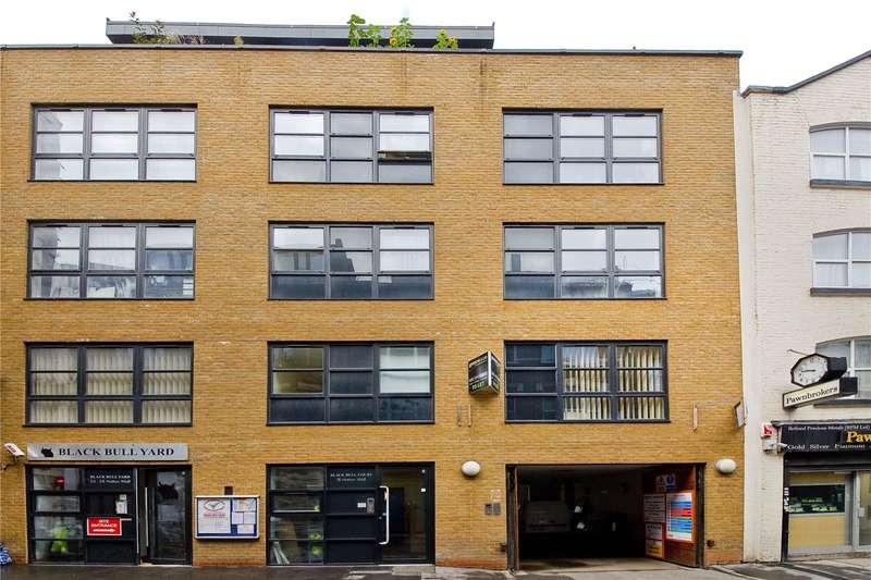 2 Bedrooms Flat for sale in Hatton Wall, Clerkenwell, EC1N