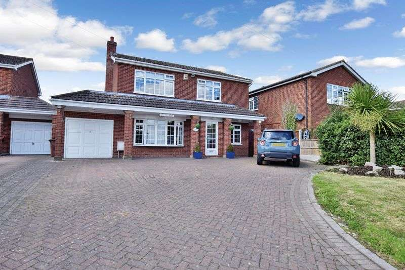 4 Bedrooms Detached House for sale in High Road, Fobbing