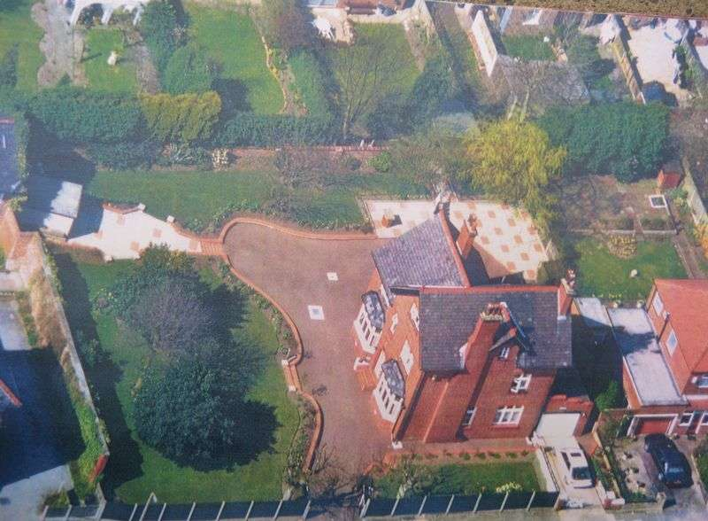 5 Bedrooms Detached House for sale in Chasewood, Gilpin Road, Urmston