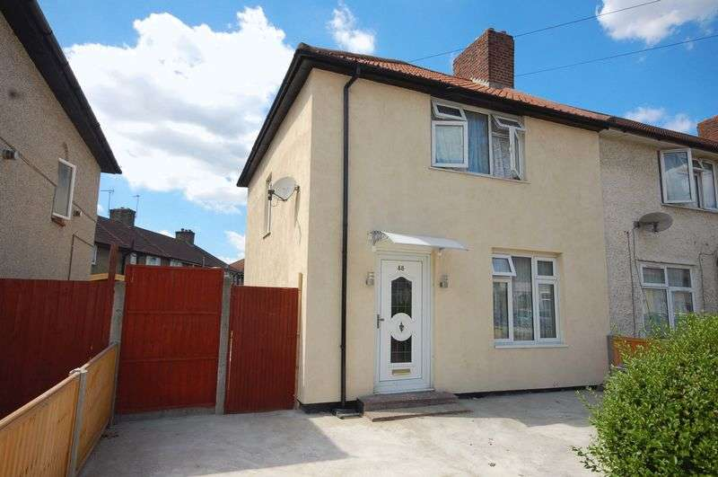 3 Bedrooms Semi Detached House for sale in Aylmer Road, Dagenham