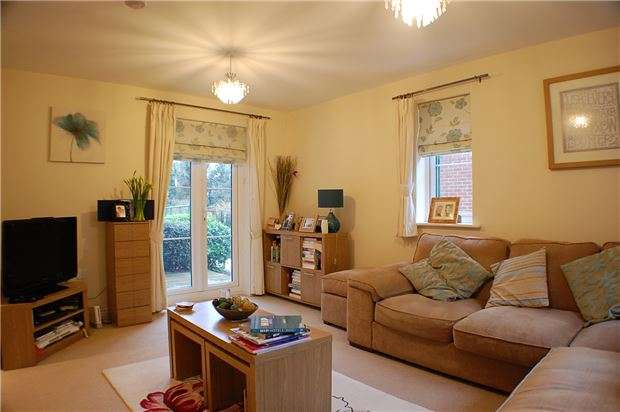 1 Bedroom Flat for sale in Thames View, ABINGDON, Oxfordshire, OX14 3ZB