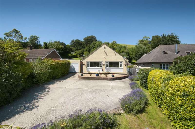 3 Bedrooms Detached Bungalow for sale in Osmington, Canterbury Road, Bilting