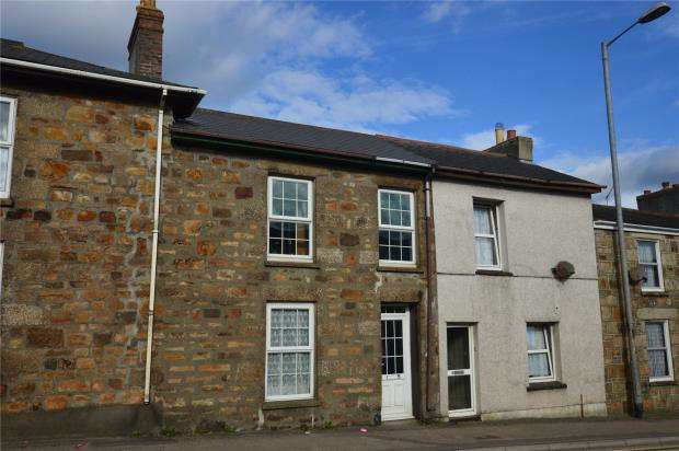 3 Bedrooms Terraced House for sale in Pendarves Street, Tuckingmill, Camborne, Cornwall
