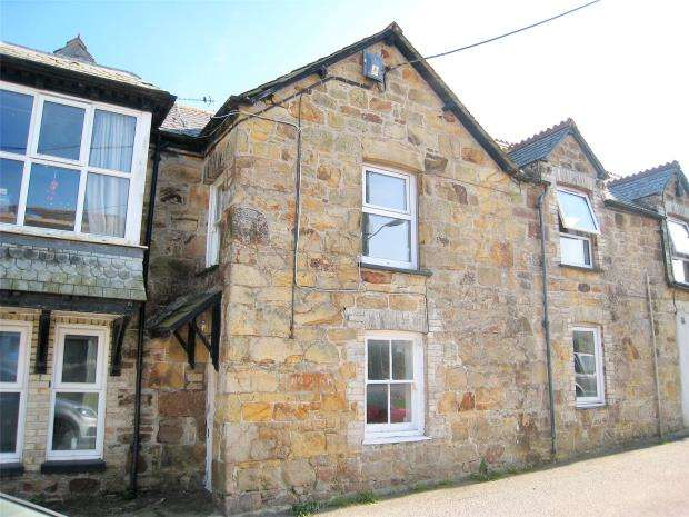 2 Bedrooms Terraced House for sale in Crossmount, 58 Church Street, Newquay, Cornwall