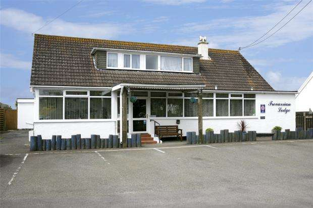 6 Bedrooms Commercial Property for sale in Trevarrian, Newquay, Cornwall