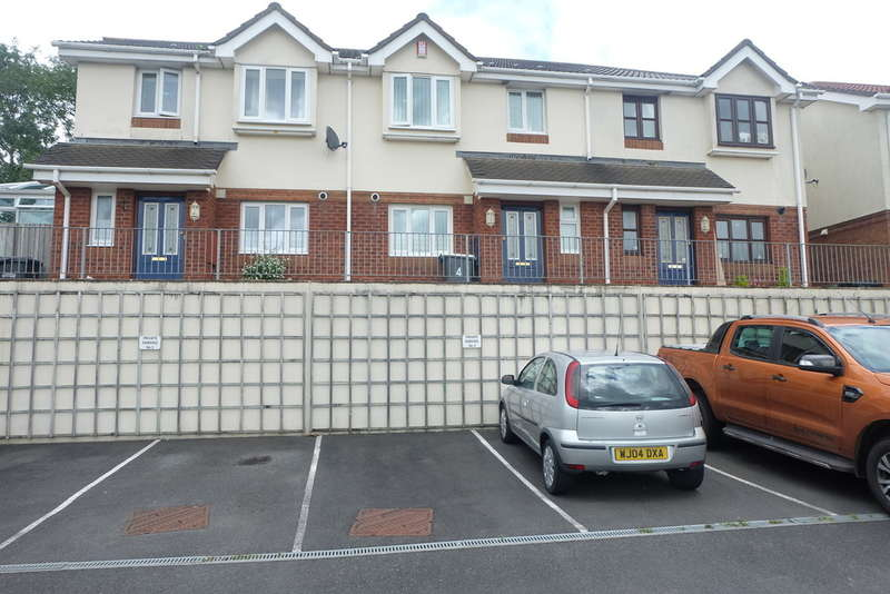 3 Bedrooms Town House for sale in Hawley Manor, Barnstaple