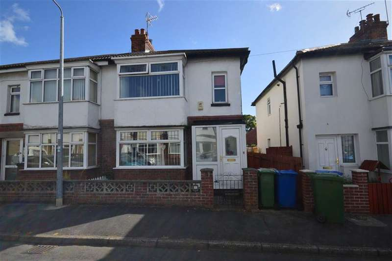 3 Bedrooms Property for sale in Desmond Avenue, Hornsea, East Yorkshire