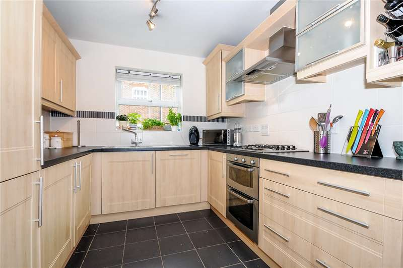4 Bedrooms Terraced House for sale in Capercaillie Close, Bracknell, Berkshire, RG12