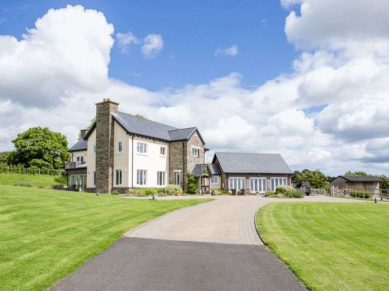 5 Bedrooms Detached House for sale in Lilleo Farmhouse, Lower Sulby Farm, IM4 5BX