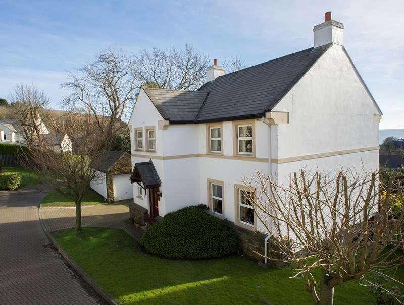 4 Bedrooms Detached House for sale in Lower Cronk Orry, Laxey, IM4 7EG