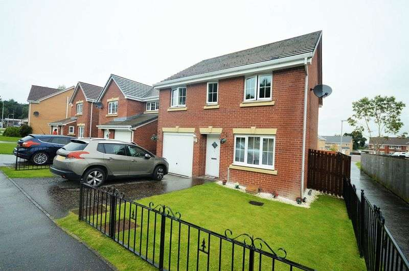 4 Bedrooms Detached House for sale in Woodlea Grove, Glenrothes