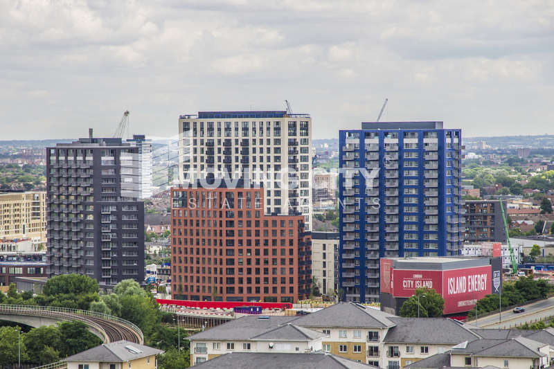 Flat for sale in Faraday Building, City Island, London