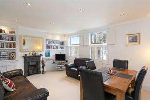 3 Bedrooms Flat for sale in Knowsley Road, Battersea, London