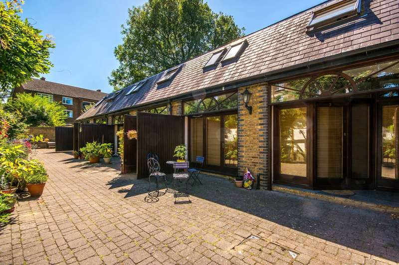 3 Bedrooms House for sale in Coach House Mews, Telegraph Hill, SE14
