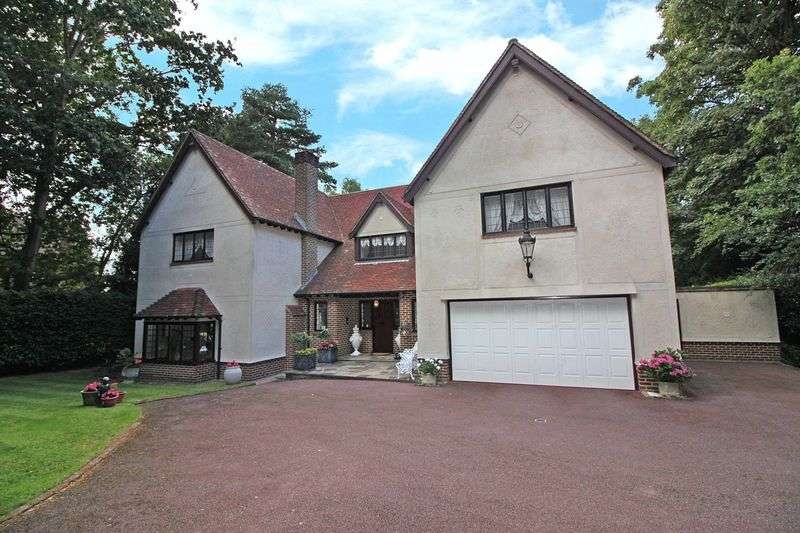 4 Bedrooms Detached House for sale in Manor Road, Loughton