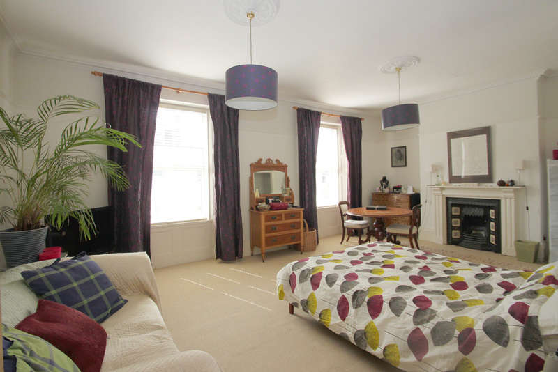 4 Bedrooms Terraced House for sale in Stoke, Plymouth