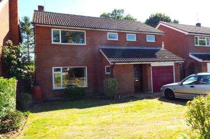 4 Bedrooms Detached House for sale in Wroxham, Norwich, Norfolk