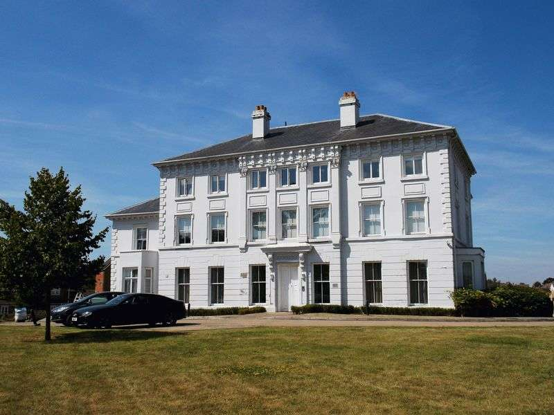 1 Bedroom Flat for sale in Monyhull Hall, Kings Norton, Birmingham