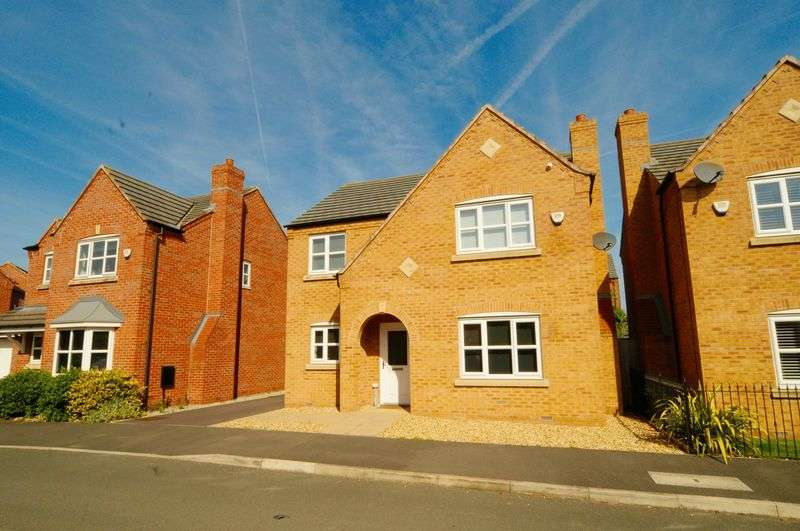 4 Bedrooms House for sale in Waterfront Drive, Edgewater Park