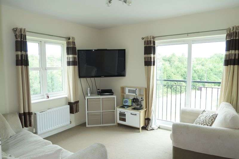2 Bedrooms Flat for sale in Ripley Close, East Ardsley, Wakefield