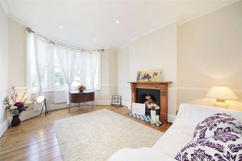 2 Bedrooms Flat for sale in Poynders Road, Clapham South, London, SW4