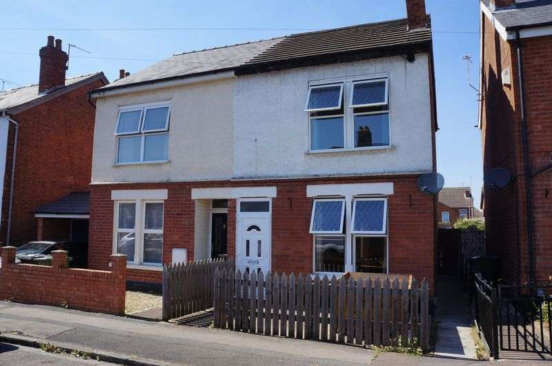 3 Bedrooms Semi Detached House for sale in Massey Road, Tredworth, Gloucester