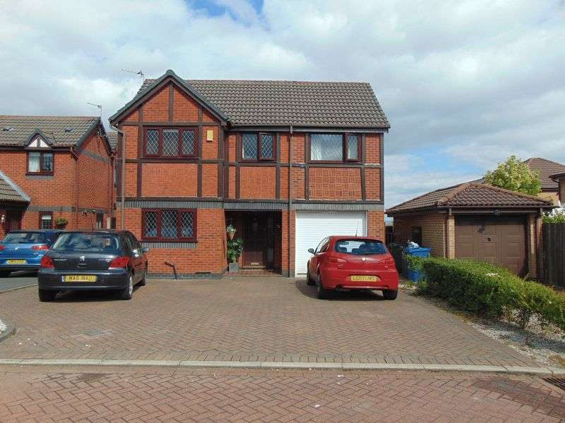 4 Bedrooms Detached House for sale in Appleby Close, Ainsworth Chase BL8 2UU