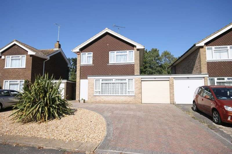 3 Bedrooms House for sale in Marlborough Drive, Burgess Hill, West Sussex