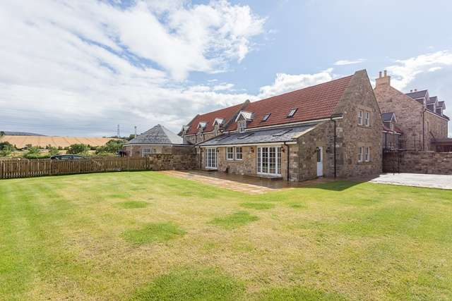 5 Bedrooms Farm House Character Property for sale in Gowanhill Farm Steading, Currie, Edinburgh, EH14 4BD