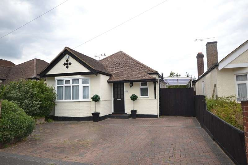 2 Bedrooms Detached Bungalow for sale in West Byfleet