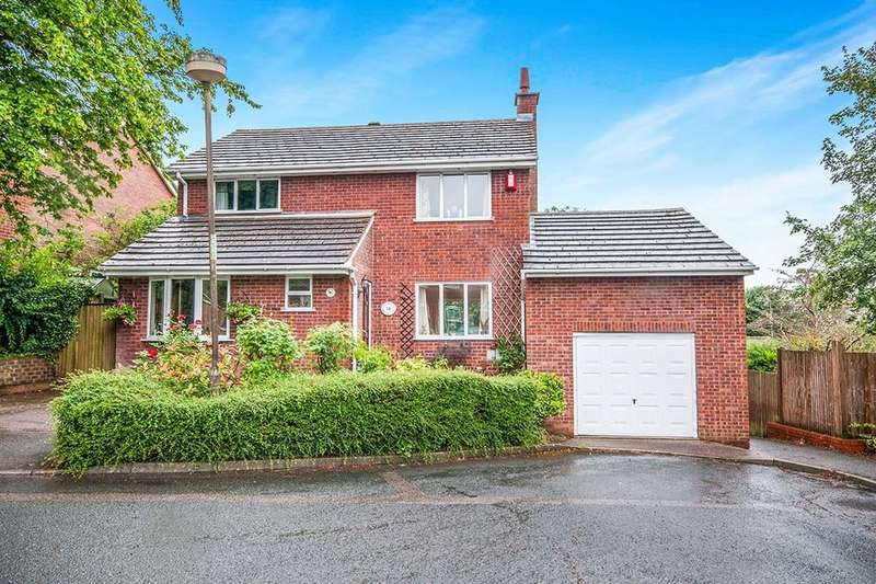4 Bedrooms Detached House for sale in Travertine Road, Chatham, ME5