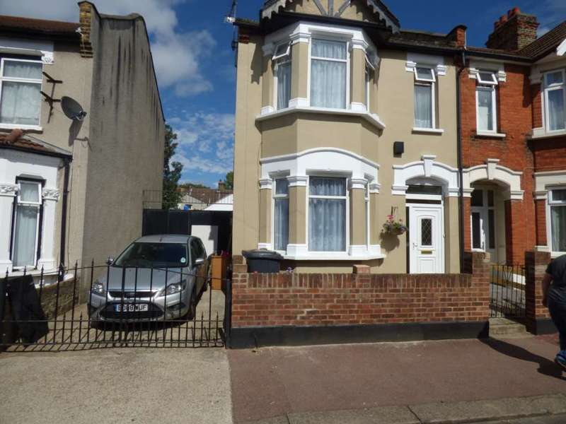 4 Bedrooms Semi Detached House for sale in Faircross Avenue, Barking